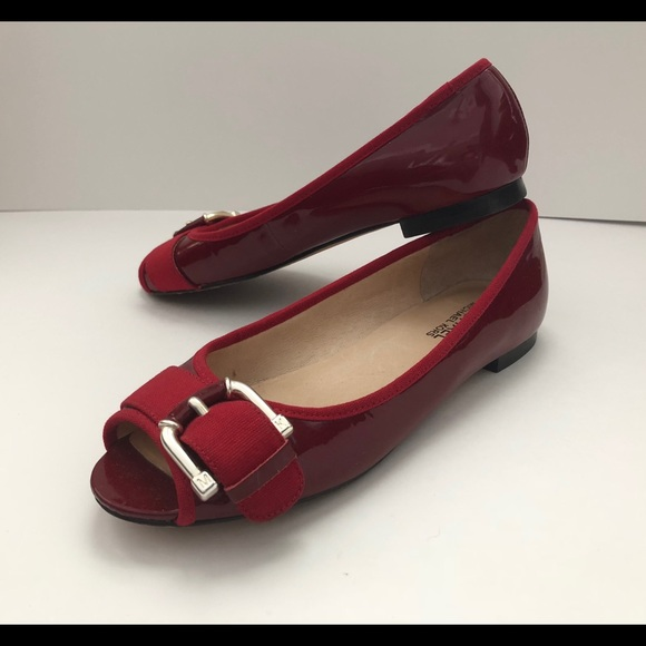 34134169abe5 Michael Kors flats sandals patent leather peep toe.  M 5b0993171dffda23c353d2dc